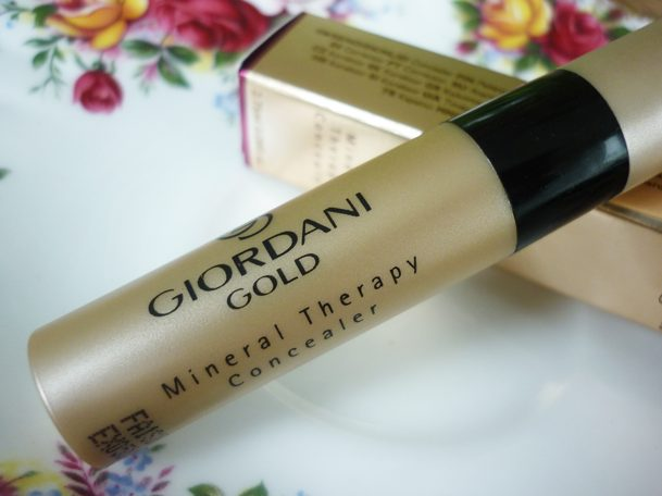 Review – Giordani Gold Mineral Therapy Concealer