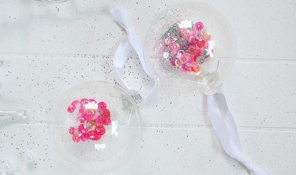 DIY – Sierlijke Kerstballen met Glitters en Pailletten