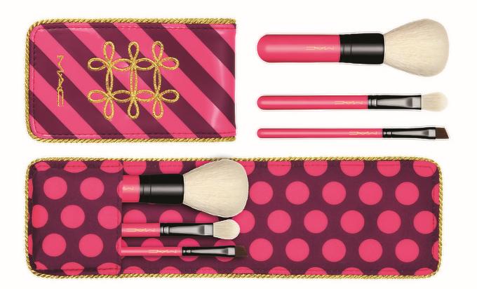 nutcracker-makeupbrush-set